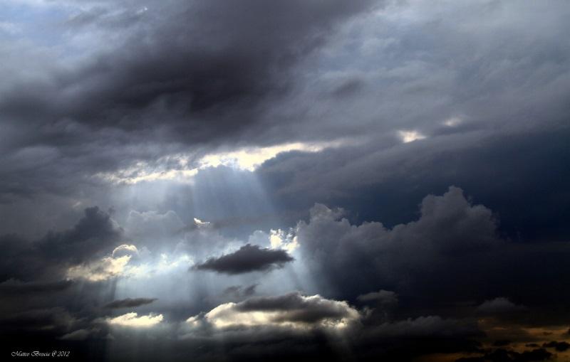 luce-divina-aa7dcebf-cc4f-4288-8dd8-e8a72c23942a.jpg